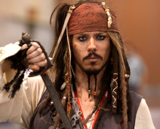 captain_jack_sparrow_28576401845429